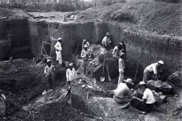 Sitio Conte, Panama, 1940s excavation, Image provided courtesy of the Penn Museum