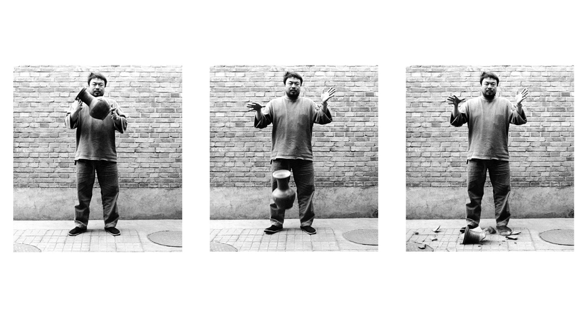 Ai Weiwei, Dropping a Han Dynasty Urn, 1995, Courtesy of Ai Weiwei's studio