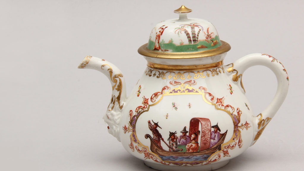 Hausmaler-Decorated Porcelain