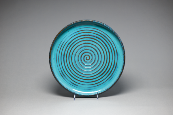 "Platter, c. 1942-1948. Gulf Stream. Sarah A. E. ""Sadie"" Irvine with Kenneth Smith or Francis Ford. Newcomb Art Collection, Tulane University."
