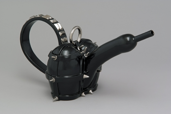 Richard Milette - Teapot for Queen X, 1989