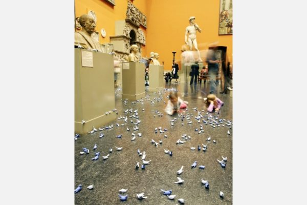 """""""Trophy"""", Clare Twomey, 2006. Victoria and Albert Museum, London, UK."""