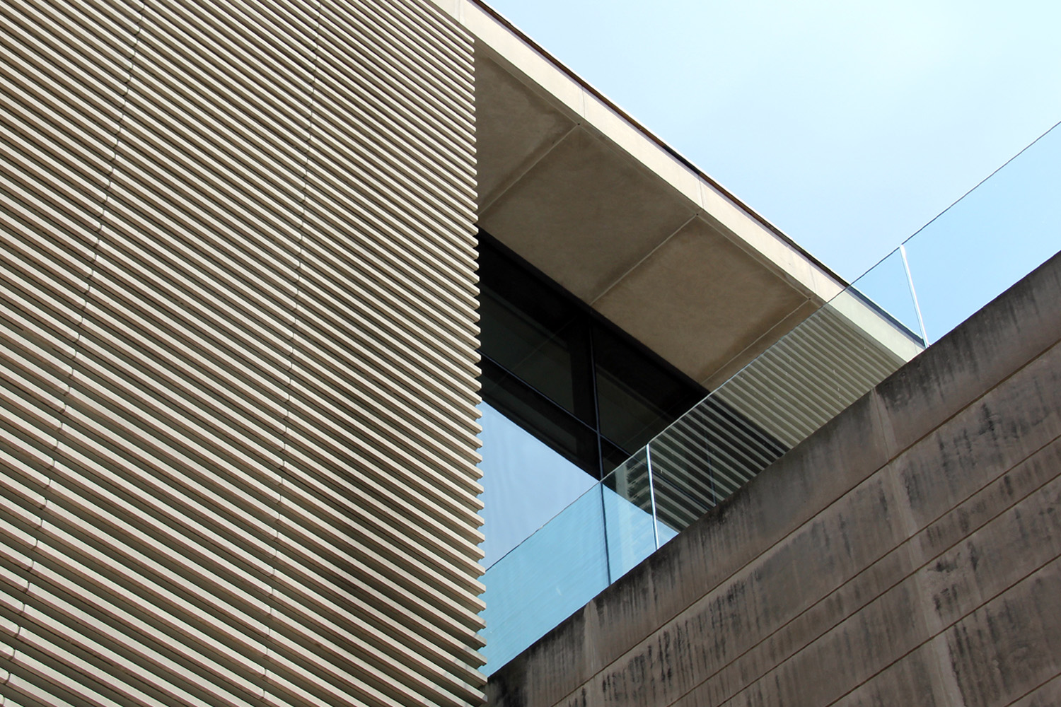 Abstract architecture shot of the exterior of the Gardiner Museum